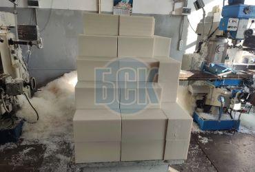 Ленточнопильная резка полимерных полуфабрикатов