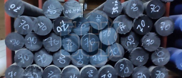 Стержни маслонаполненные из капролона литьевого